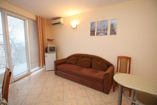 Hotellikuvia: Dimovi Apartment, Chernomorets