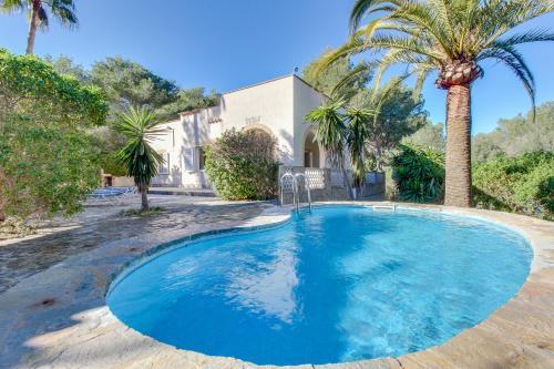 Hotel Pictures: Villa Sardenya, Cala Murada
