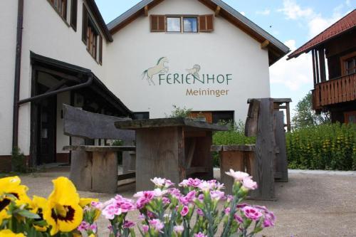 Hotel Pictures: Ferienhof Meininger, Sankt Oswald