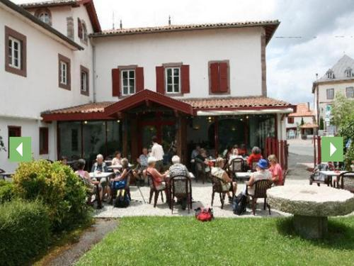 Hotel Pictures: , Saint-Jean-le-Vieux
