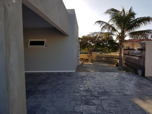 酒店图片: Malmok Apartment, 棕榈滩