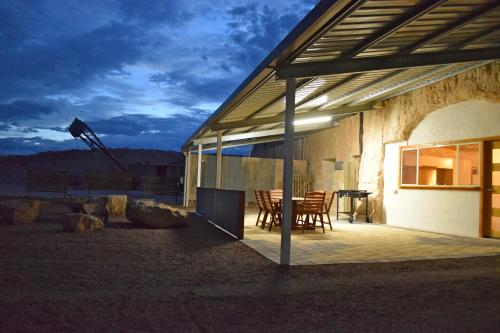 Hotellbilder: Dug Out B&B, Coober Pedy