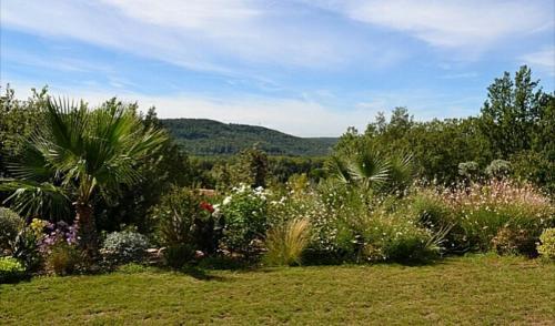 Hotel Pictures: Villa Raffael Provence, Villecroze