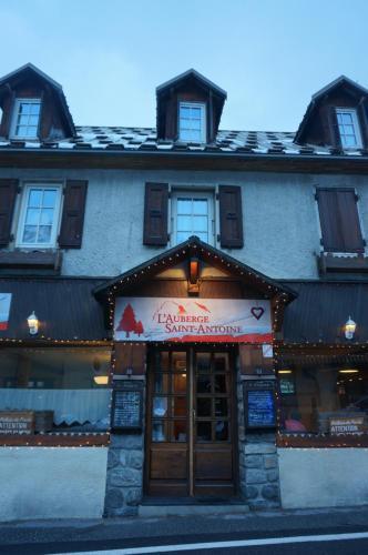 Hotel Pictures: Auberge Saint Antoine, Pelvoux