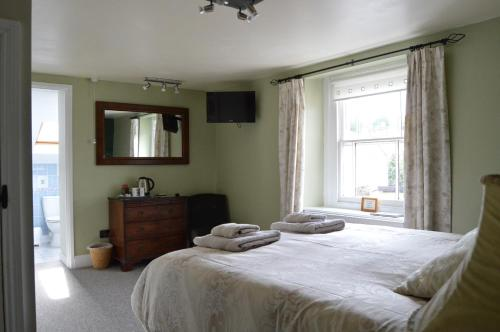 Hotel Pictures: The George Inn, Wells