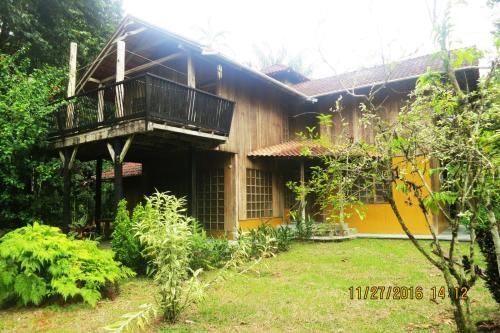 Hotel Pictures: Casa en Reserva Natural Cerca Viva, Leticia