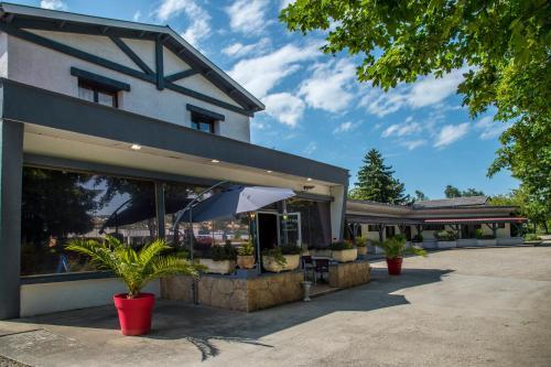 Hotel Pictures: , Reventin-Vaugris