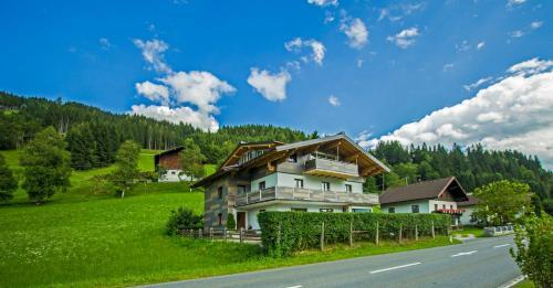 Hotel Pictures: Haus Gsenger, Eben im Pongau