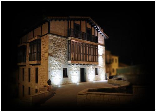 Hotel Pictures: Posada Dos Aguas, Covaleda