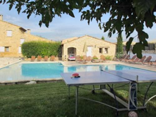 Hotel Pictures: Delosse Holiday Home, Rustrel