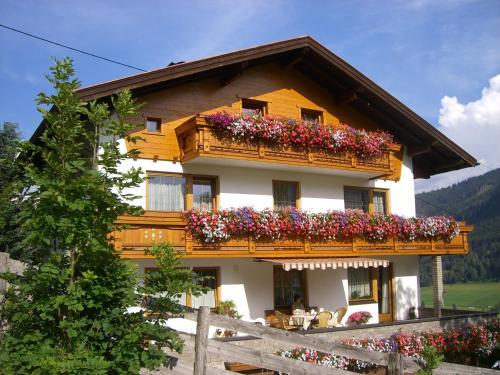 ホテル写真: Haus Nagele, トリンス
