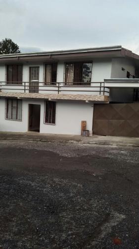 Hotel Pictures: Hotel Plaza C.Q, Quesada