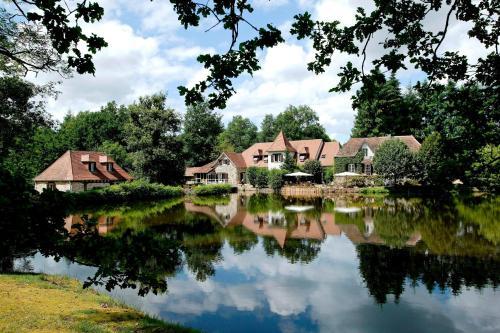 Hotel Pictures: , La Roche-l'Abeille
