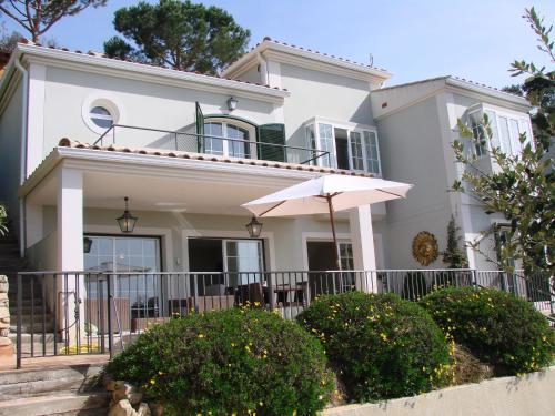 Hotel Pictures: Villa Agaro, Santa Cristina dAro