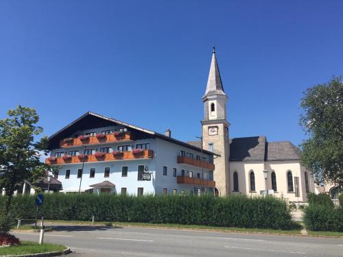 Hotelbilleder: Gasthof zur Post, Hof bei Salzburg