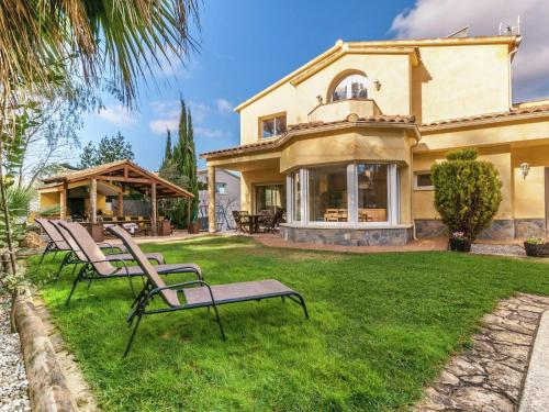 Hotel Pictures: Mas Mestre, Olivella
