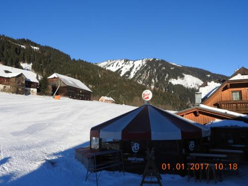 Hotel Pictures: Base-Camp Appartement, Donnersbachwald