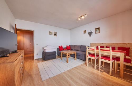 Hotellbilder: Appartement Ski & Bike by Easy Holiday, Saalbach Hinterglemm