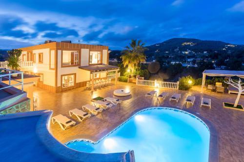 Hotel Pictures: Villa Solaris, Sant Jordi