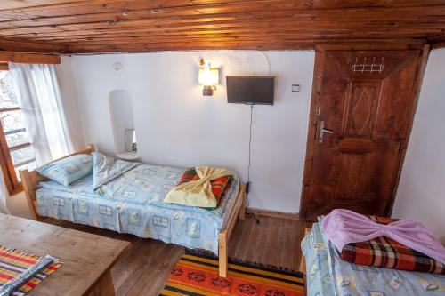 Foto Hotel: Hadzhiiskata Guest House, Shiroka Lŭka