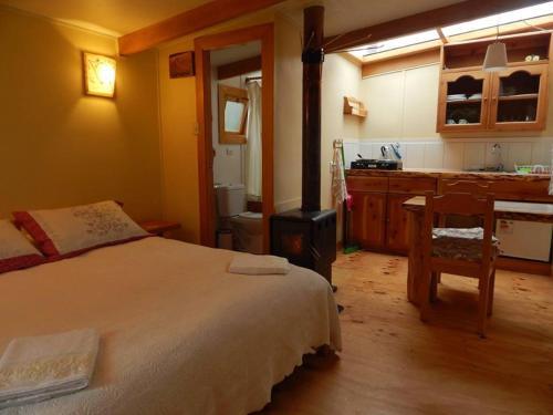 Hotel Pictures: El Colono, La Junta