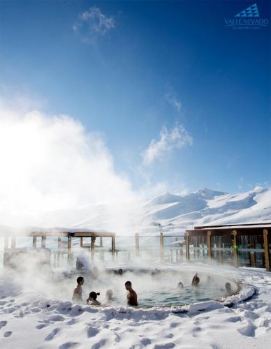 Hotel Pictures: Hotel Puerta del Sol, Valle Nevado