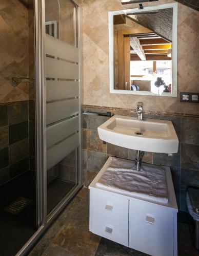 Hotel Pictures: , Pesquera de Ebro