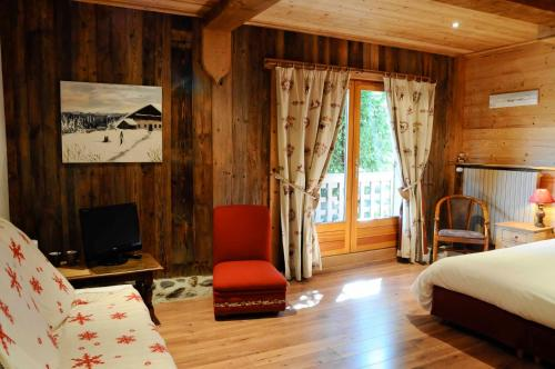 Hotel Pictures: La Ferme d'Emilienne, Sallanches