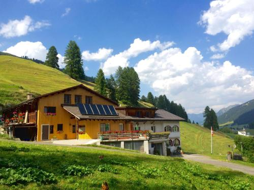 Hotel Pictures: , Frauenkirch