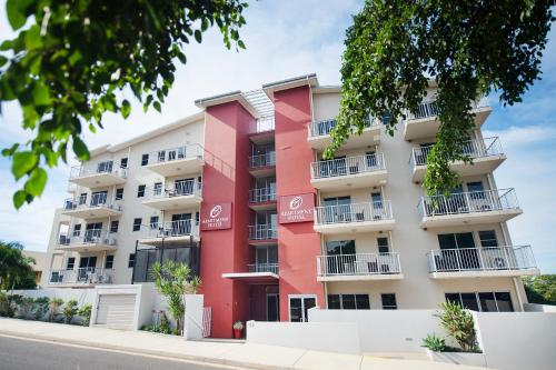 Hotel Pictures: Gladstone City Central Apartment Hotel, Gladstone