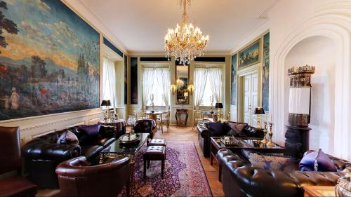 Hotel Pictures: Store Restrup Manor House, Store Restrup