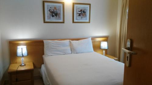 Hotel Pictures: Motheo Apartments, Gaborone
