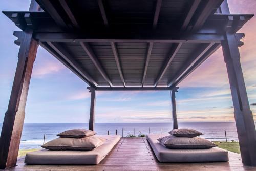 Pandawa Cliff Edge Ocean View Banyu Biru Villa