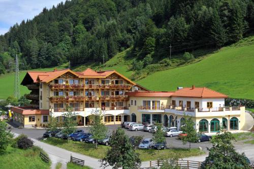 Foto Hotel: Hotel Seeblick, Goldegg