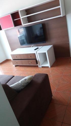 Hotel Pictures: Condomínio Pôr do Sol, Peruíbe