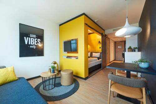 Hotel Pictures: Cityden Up Amsterdam South Hotel Apartments, Amstelveen
