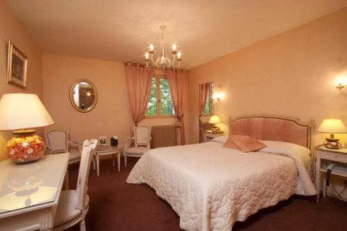 Hotel Pictures: Logis Arts et Terroirs, Gevrey-Chambertin