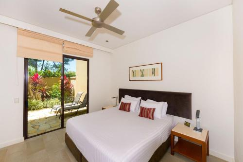Fotos de l'hotel: Private Sea Temple Resort Apartment in Palm Cove, Palm Cove