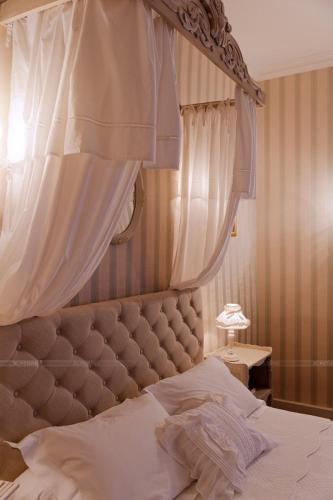 Hotel Pictures: , Charroux-d'Allier