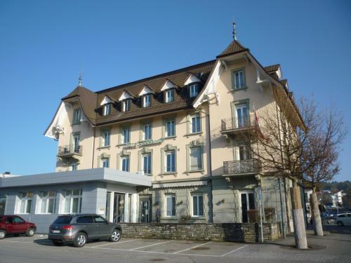 Hotel Pictures: Bahnhof Buffet, Düdingen