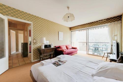 Hotel Pictures: Welkeys apartment Annecy, Saint-Jorioz