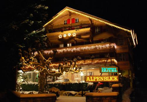 Hotel Pictures: Hotel Alpenblick, Wilderswil