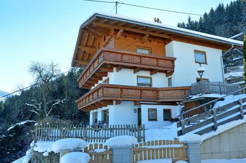 Fotos del hotel: Haus Panoramablick, Kaltenbach