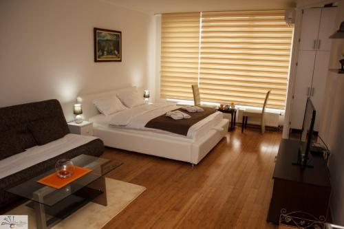 Hotellikuvia: Apartment Azzuro, Tuzla