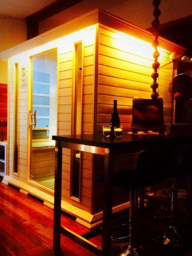 Hotellikuvia: Mudstone Spa Retreat, Pemberton