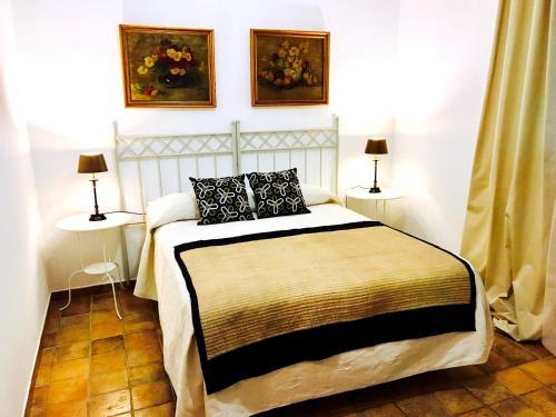 Hotel Pictures: 5 Soles Hostal Rural Gastronomico, Carmona