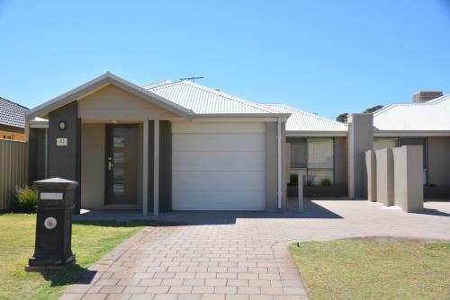 Fotos del hotel: Lakelands Home, Mandurah