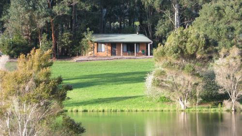 Hotellikuvia: Pemberton Lake View Chalets, Pemberton