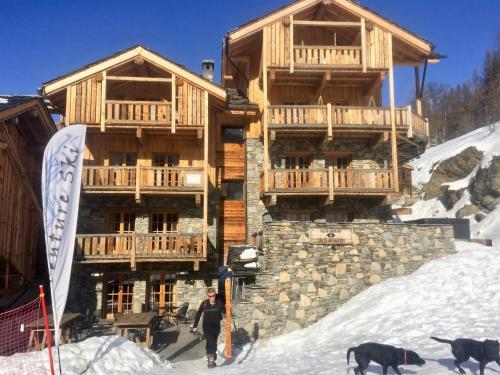 Hotel Pictures: Black Diamond Lodge, Sainte-Foy-Tarentaise