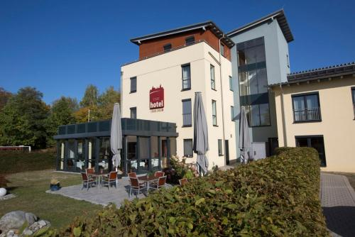 Hotel Pictures: , Crailsheim